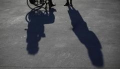 563010-chaise-roulante-handicap.jpg
